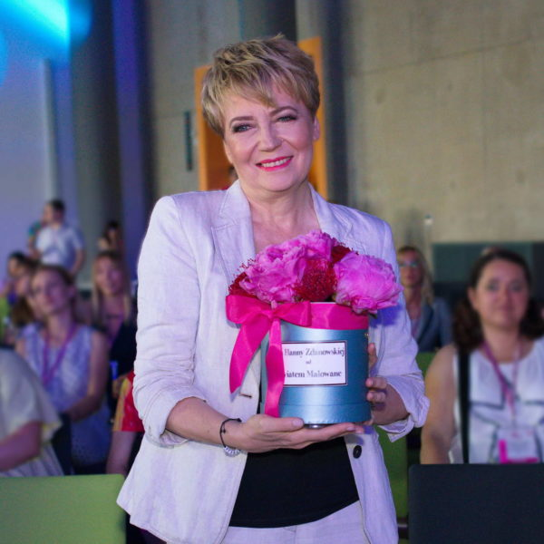 Prezydent Łodzi Hanna Zdanowska z Flower Box by Kwiatem Malowane Poczta Kwiatowa
