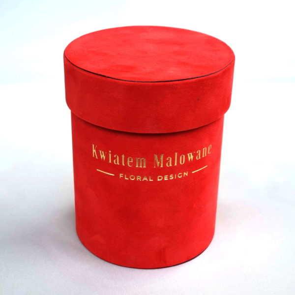 Pudełko Flower Box Czerwone Male Flokowane na Białym Tle